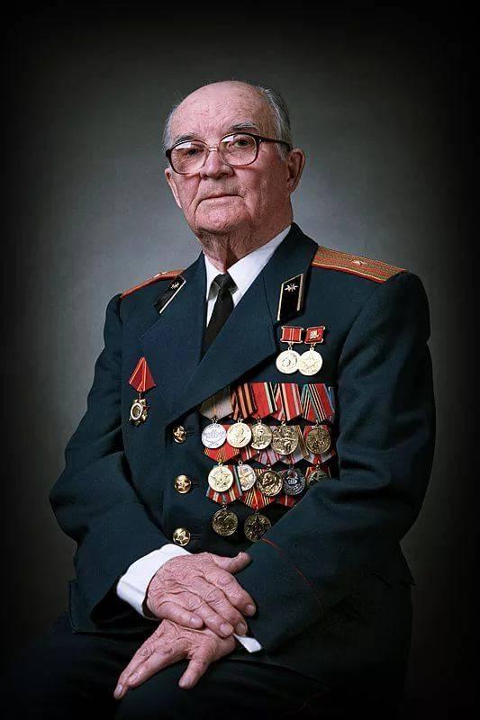 нарисовано ветеран вов медаль фото бюджетные