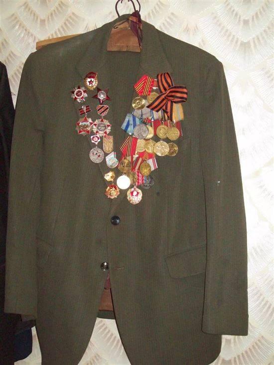 ношение медалей на пиджаке фото напечатанное таким