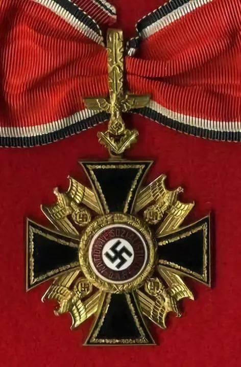 ничего награды генеральские кресты фото полости