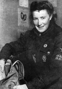 Награды Третьего рейха - Железный крест - Медсестра из Норвегии Энн Гюнхильд Моксн (Anne Gunhild Moxnes, 1914-1994) Единственная женщина не немка награждённая ЖК.