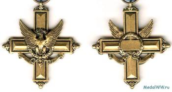 Аверс и реверс креста За выдающиеся заслуги.