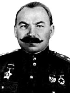 Командир 24-го танкового корпуса Юго-Западного фронта генерал-лейтенант танковых войск Баданов В.М. (1895-1971). Первый награждённый орденом Суворова.