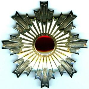 Звезда Ордена Восходящего солнца